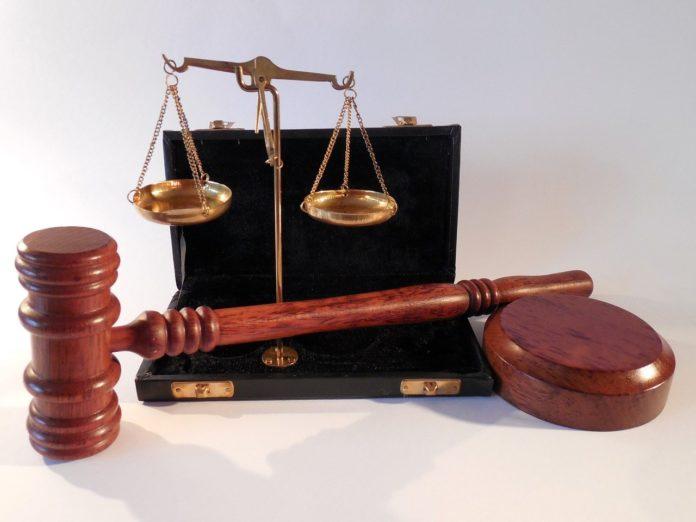 k soudu bez právníka