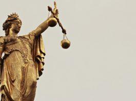 Právní omyly dnešní doby a jejich pokračování